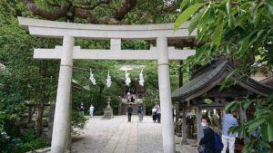 御霊神社 鳥居 / Gate of Gorei Temple
