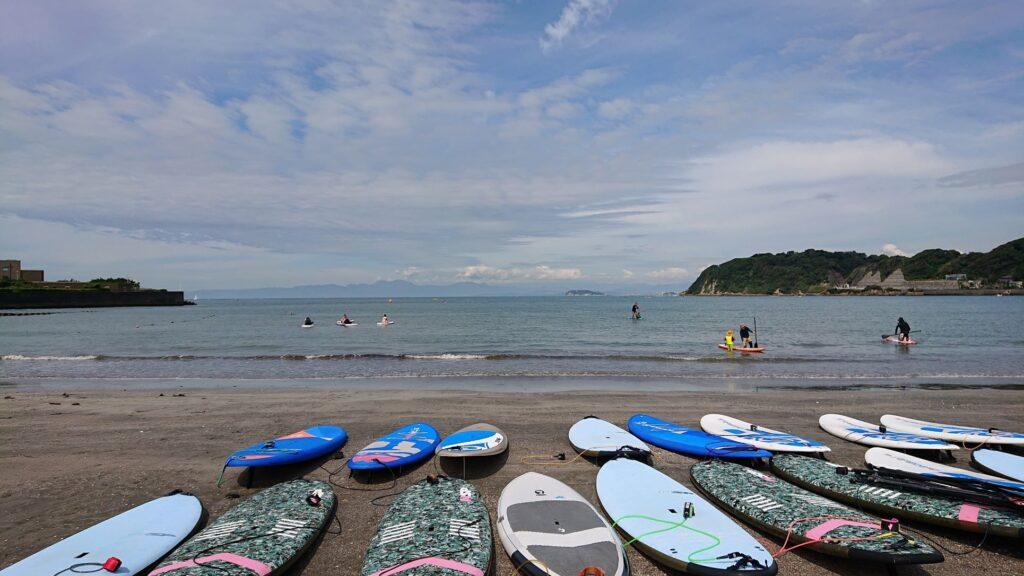 逗子海岸 東浜から江ノ島望む / Enoshima from Zushi Beach (2021 Aug 11th)