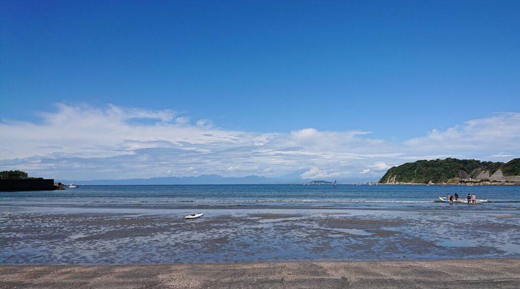 逗子海岸 東浜から江ノ島望む / Enoshima from Zushi Beach  (2021 Aug 20th)
