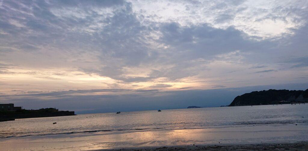 逗子海岸 東浜から江ノ島と富士山望む  2/ Enoshima and My.Fuji from Zushi Beach (2021 Sep 7th)