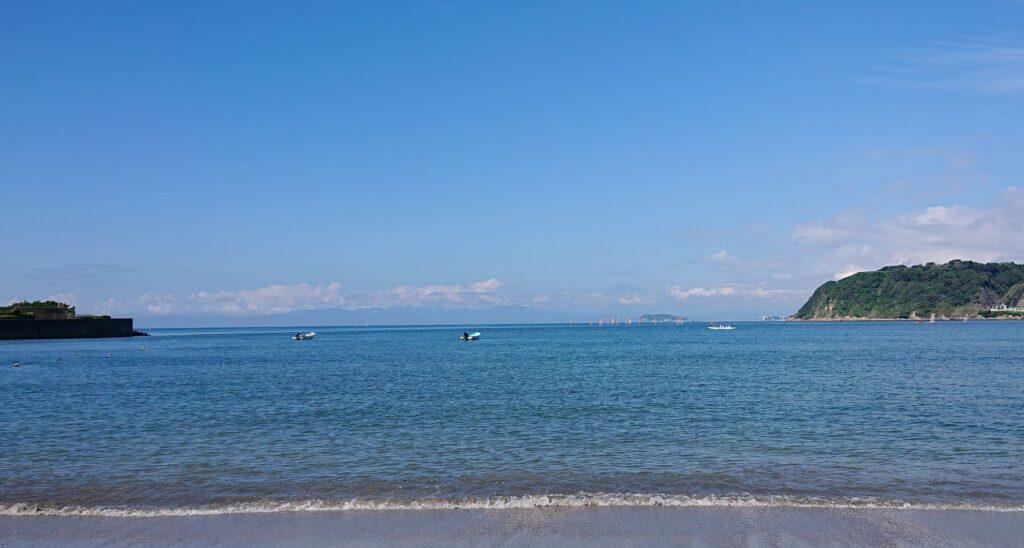 逗子海岸 東浜から江ノ島と富士山望む  / Enoshima and My.Fuji from Zushi Beach (2021 Sep 10th)