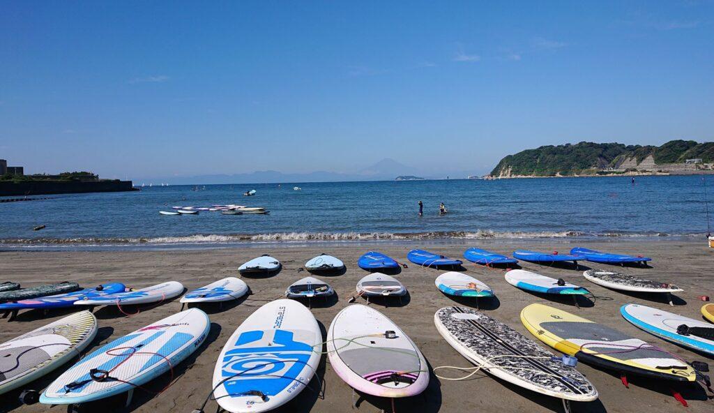 逗子海岸 東浜から江ノ島と富士山望む / Enoshima and Mt.Fuji from Zushi Beach (2021 Sep 23th)