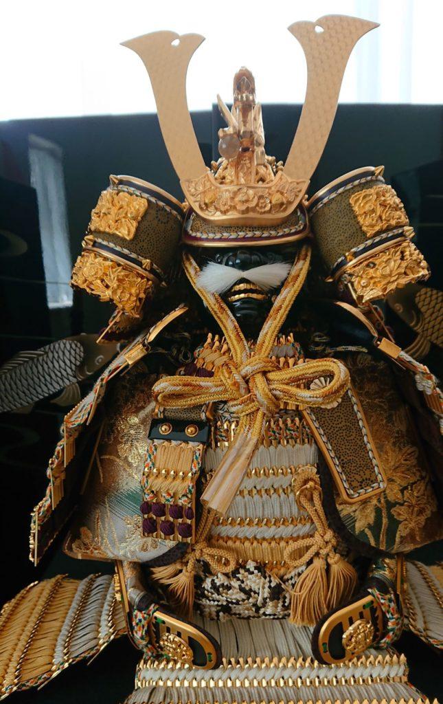 鎧兜2 Japanese Samurai Doll