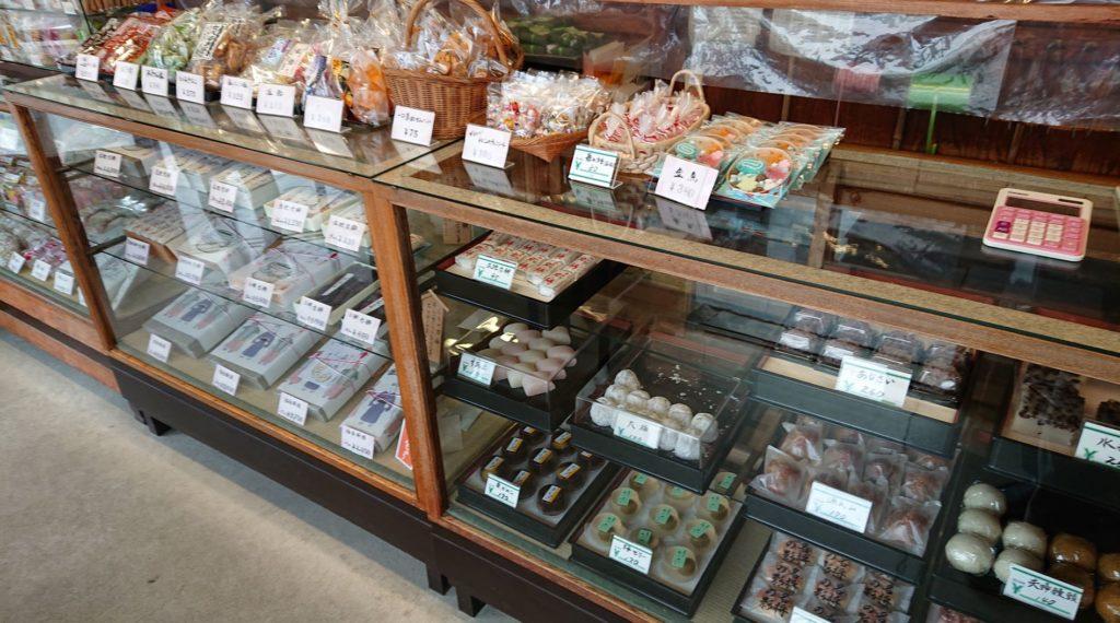 かまくら 力餅家 店内 / Inside Kamakura Chikara Mochi Ya