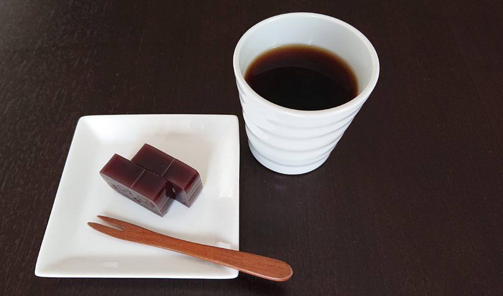 小倉羊羹 と コーヒー 鎌倉 松花堂